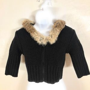 V_K Hooded Cropped Sweater With Rabbit Fur Trim C2